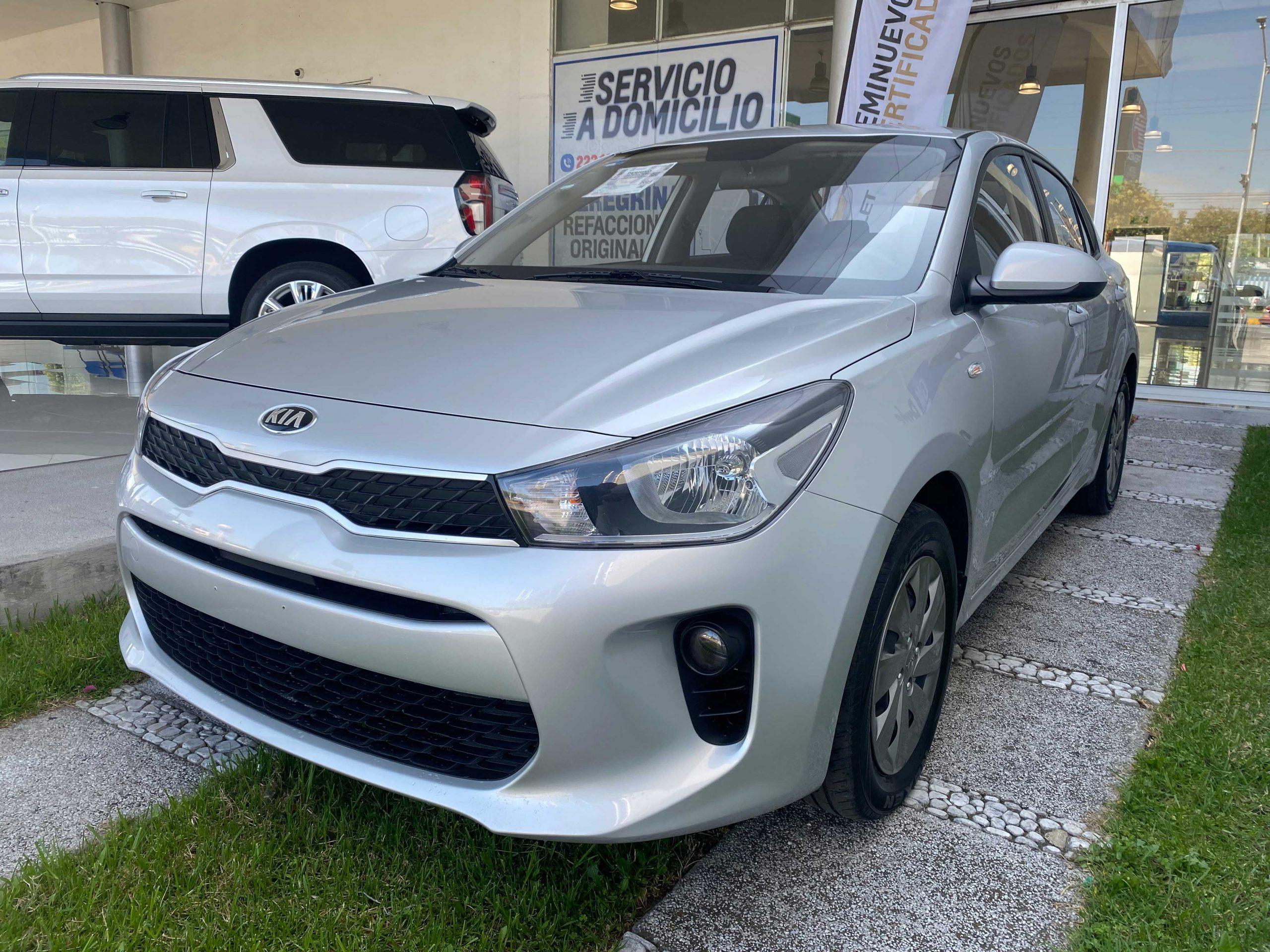 Kia Rio L Sedan Color Plata 2020 At